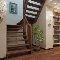 Лестница из сосны К-033м