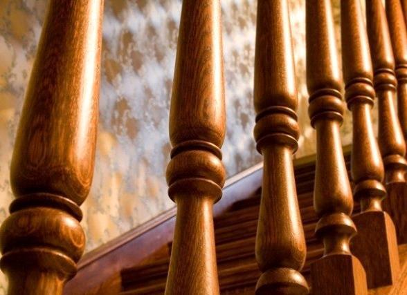 Изготовление и продажа деревянных лестниц и изделий из